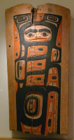 Tlingit%20artist%2C%20%3Cb%3E%3Ci%3E%20House%20Panel%3C%2Fi%3E%3C%2Fb%3E%2C%20late%2019th%20century%2C%20paint%20on%20wood%20with%20opercula%20shell%20inlay%2C%20Museum%20Purchase%3A%20Indian%20Collection%20Subscription%20Fund%2C%20Rasmussen%20Collection%20of%20Northwest%20Coast%20Indian%20Art%2C%20no%20known%20copyright%20restrictions%2C%2048.3.529A