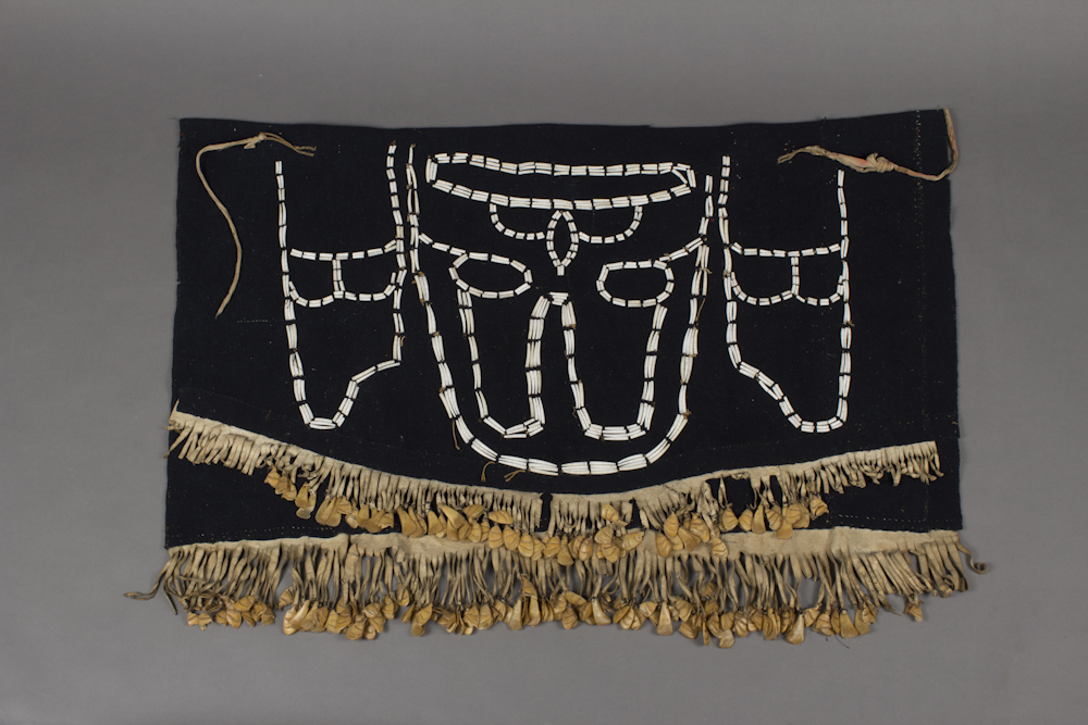 Tlingit%20artist%2C%20%3Cb%3E%3Ci%3E%20Dance%20Apron%20or%20Waist%20Robe%3C%2Fi%3E%3C%2Fb%3E%2C%20ca.%201830%2C%20wool%2C%20sinew%2C%20buckskin%2C%20dentalia%20shells%2C%20and%20puffin%20beaks%2C%20Museum%20Purchase%3A%20Indian%20Collection%20Subscription%20Fund%2C%20Rasmussen%20Collection%20of%20Northwest%20Coast%20Indian%20Art%2C%20no%20known%20copyright%20restrictions%2C%2048.3.563