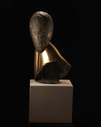 Constantin%20Brancusi%2C%20%3Cb%3E%3Ci%3E%20A%20Muse%3C%2Fi%3E%3C%2Fb%3E%2C%201918%2C%20bronze%2C%20Gift%20of%20Miss%20Sally%20Lewis%2C%20%26%23169%3B%20artist%20or%20other%20rights%20holder%2C%2059.15