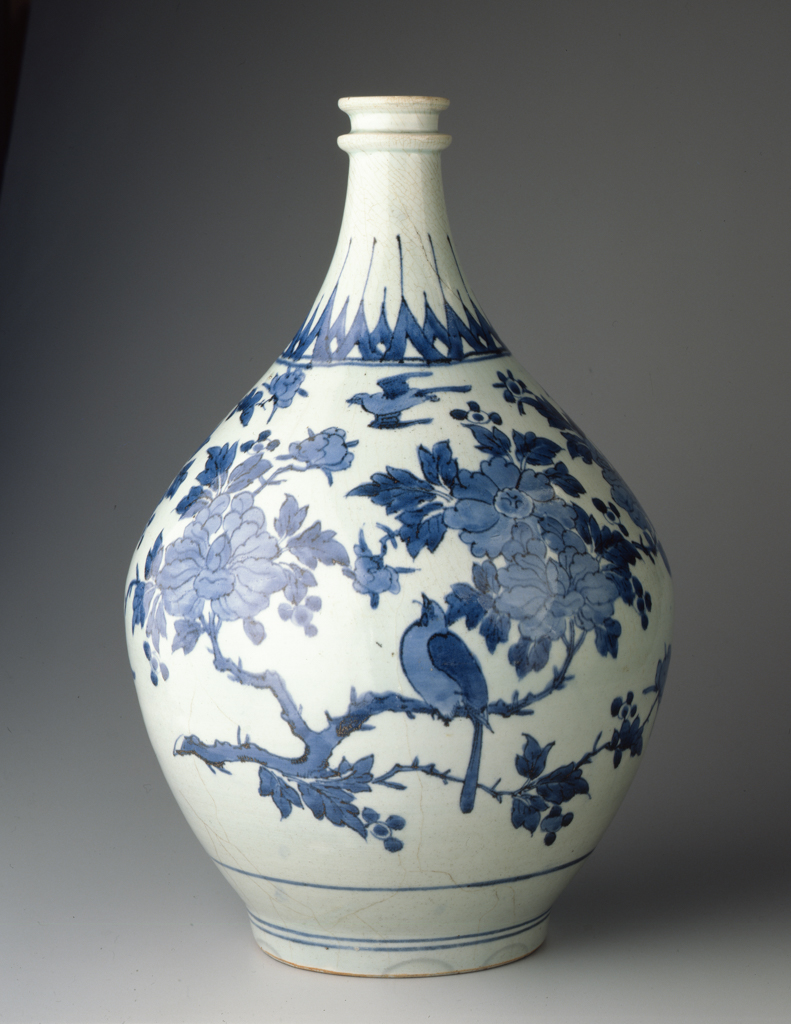 Japan%2C%20Saga%20prefecture%2C%20Arita%20kilns%2C%20%3Cb%3E%3Ci%3E%20Hizen%20Ware%20Apothecary%20Jar%20with%20Bird-and-Flower%20Design%3C%2Fi%3E%3C%2Fb%3E%2C%201670s%2C%20porcelain%20with%20underglaze%20blue%20painting%2C%20Museum%20Purchase%3A%20Funds%20provided%20by%20Morris%20Schnitzer%20in%20honor%20of%20Mildred%20Schnitzer%2C%20public%20domain%2C%2080.65