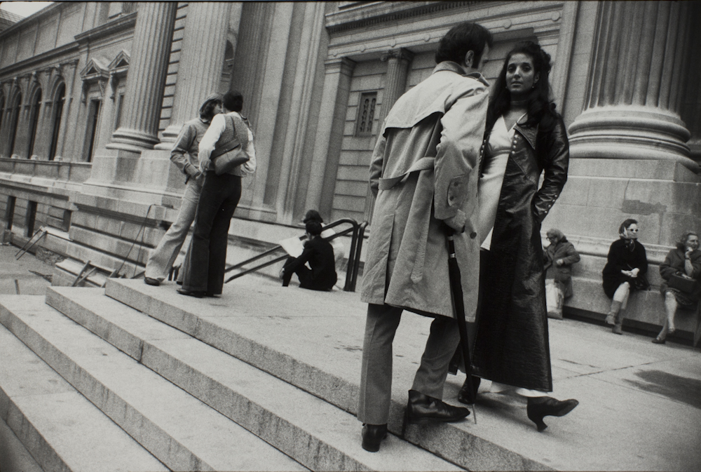 Garry%20Winogrand%2C%20%3Cb%3E%3Ci%3E%20New%20York%20City%2C%20from%20the%20portfolio%20Women%20Are%20Beautiful%3C%2Fi%3E%3C%2Fb%3E%2C%201970%20%28negative%29%3B%201981%20%28print%29%2C%20gelatin%20silver%20print%2C%20Gift%20of%20Rick%20A.%20Cigel%2C%20%26%23169%3B%20The%20Estate%20of%20Garry%20Winogrand%2C%20courtesy%20Fraenkel%20Gallery%2C%20San%20Francisco%2C%201998.61.5