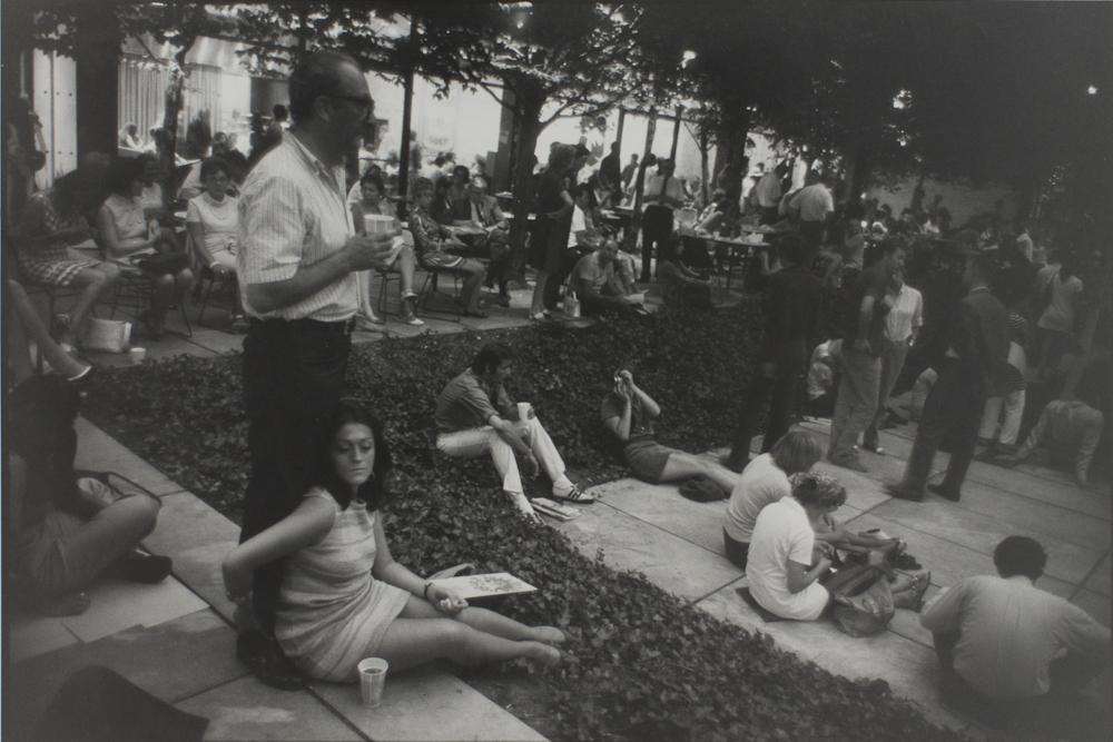 Garry%20Winogrand%2C%20%3Cb%3E%3Ci%3E%20Untitled%2C%20from%20the%20portfolio%20Women%20Are%20Beautiful%3C%2Fi%3E%3C%2Fb%3E%2C%20ca.%201970%20%28negative%29%3B%201981%20%28print%29%2C%20gelatin%20silver%20print%2C%20Gift%20of%20Rick%20A.%20Cigel%2C%20%26%23169%3B%20The%20Estate%20of%20Garry%20Winogrand%2C%20courtesy%20Fraenkel%20Gallery%2C%20San%20Francisco%2C%201998.61.26