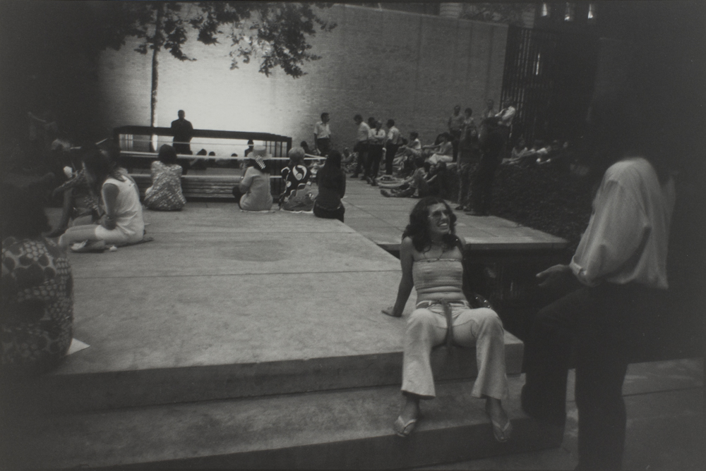 Garry%20Winogrand%2C%20%3Cb%3E%3Ci%3E%20Untitled%2C%20from%20the%20portfolio%20Women%20Are%20Beautiful%3C%2Fi%3E%3C%2Fb%3E%2C%20ca.%201970%20%28negative%29%3B%201981%20%28print%29%2C%20gelatin%20silver%20print%2C%20Gift%20of%20Rick%20A.%20Cigel%2C%20%26%23169%3B%20The%20Estate%20of%20Garry%20Winogrand%2C%20courtesy%20Fraenkel%20Gallery%2C%20San%20Francisco%2C%201998.61.27