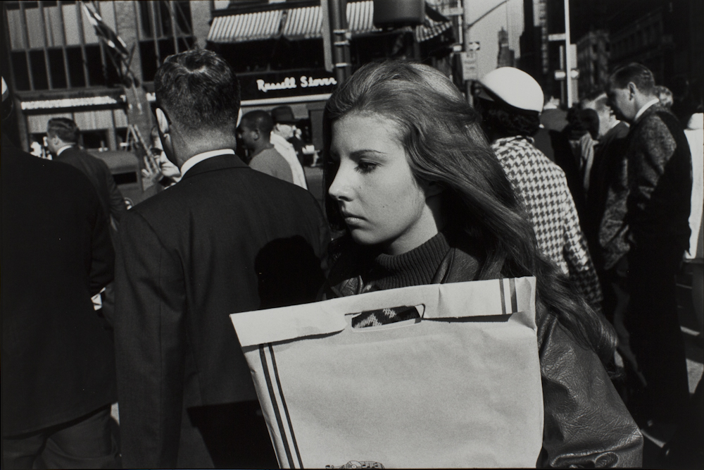 Garry%20Winogrand%2C%20%3Cb%3E%3Ci%3E%20Untitled%2C%20from%20the%20portfolio%20Women%20Are%20Beautiful%3C%2Fi%3E%3C%2Fb%3E%2C%201968%20%28negative%29%3B%201981%20%28print%29%2C%20gelatin%20silver%20print%2C%20Gift%20of%20Rick%20A.%20Cigel%2C%20%26%23169%3B%20The%20Estate%20of%20Garry%20Winogrand%2C%20courtesy%20Fraenkel%20Gallery%2C%20San%20Francisco%2C%201998.61.49