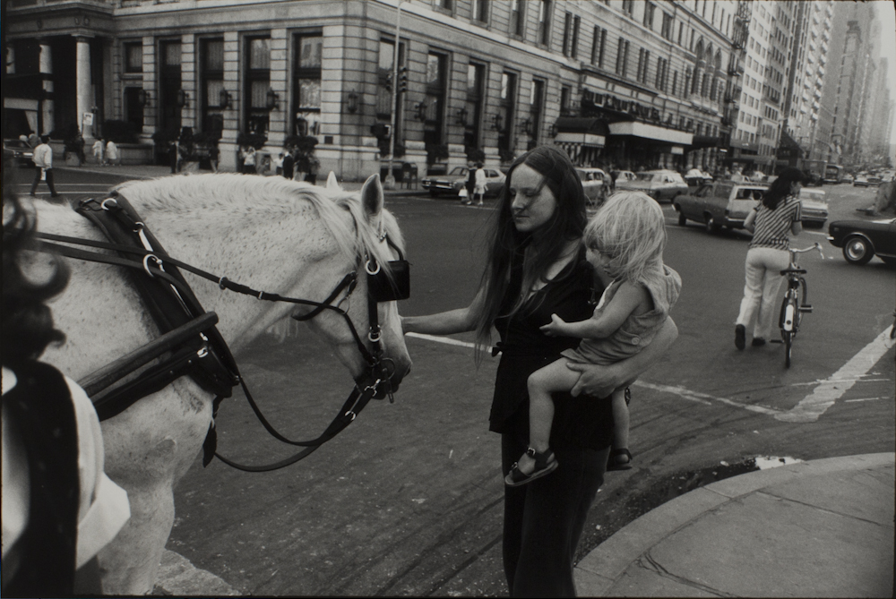 Garry%20Winogrand%2C%20%3Cb%3E%3Ci%3E%20Untitled%20%28Mother%2C%20Child%2C%20Horse%2C%20Plaza%20Hotel%29%2C%20from%20the%20portfolio%20Women%20are%20Beautiful%3C%2Fi%3E%3C%2Fb%3E%2C%20ca.%201970%20%28negative%29%3B%201981%20%28print%29%2C%20gelatin%20silver%20print%2C%20Gift%20of%20Rick%20A.%20Cigel%2C%20%26%23169%3B%20The%20Estate%20of%20Garry%20Winogrand%2C%20courtesy%20Fraenkel%20Gallery%2C%20San%20Francisco%2C%201998.61.77