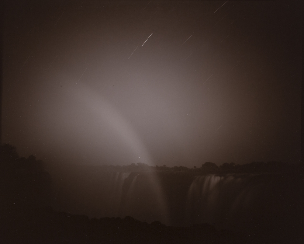 Linda%20Connor%2C%20%3Cb%3E%3Ci%3E%20Moonbow%20and%20Star%20Trails%2C%20Victoria%20Falls%2C%20Zimbabwe%3C%2Fi%3E%3C%2Fb%3E%2C%201996%2C%20gelatin%20silver%20print%2C%20Gift%20of%20the%20Artist%2C%20%26%23169%3B%201996%20Linda%20Connor%2C%202005.57