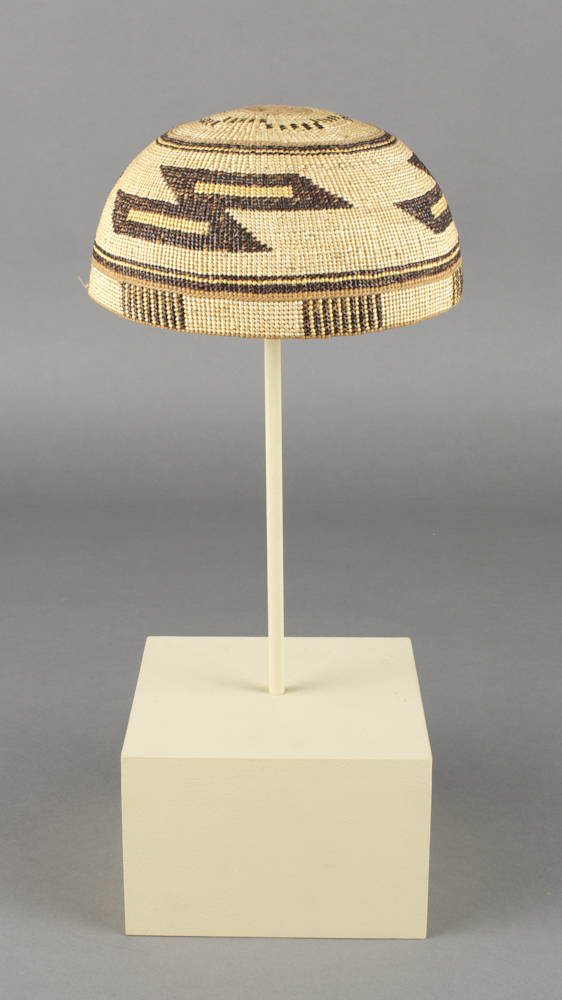 Yurok%20artist%3B%20Hupa%20artist%2C%20%3Cb%3E%3Ci%3E%20Basketry%20Hat%3C%2Fi%3E%3C%2Fb%3E%2C%20ca.%201920%2C%20hazel%2C%20spruce%20root%2C%20beargrass%20and%20maidenhair%20fern%2C%20Gift%20of%20the%20Harris%20Family%20descendants%2C%20Port%20Orford%2C%20Oregon%2C%20no%20known%20copyright%20restrictions%2C%202005.73.10