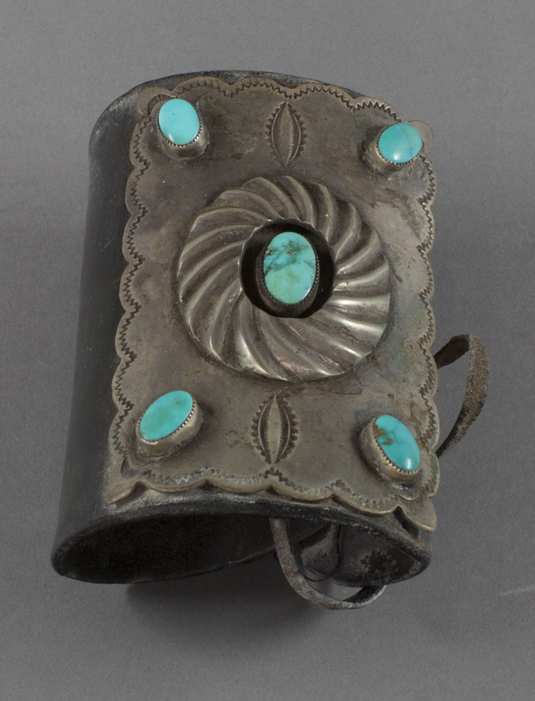 Navajo%20artist%2C%20%3Cb%3E%3Ci%3E%20Ketoh%3C%2Fi%3E%3C%2Fb%3E%2C%20ca.%201920%2C%20silver%2C%20turquoise%2C%20and%20leather%2C%20The%20Elizabeth%20Cole%20Butler%20Collection%2C%20no%20known%20copyright%20restrictions%2C%202012.92.116
