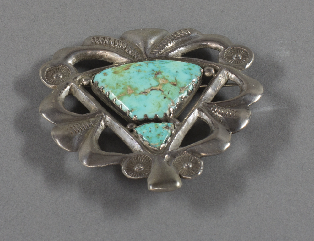 Navajo%20artist%2C%20%3Cb%3E%3Ci%3E%20Openwork%20Pin%3C%2Fi%3E%3C%2Fb%3E%2C%20ca.%201940%2C%20silver%20and%20turquoise%2C%20The%20Elizabeth%20Cole%20Butler%20Collection%2C%20no%20known%20copyright%20restrictions%2C%202012.92.136