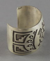 Hopi%20artist%2C%20%3Cb%3E%3Ci%3E%20Bracelet%3C%2Fi%3E%3C%2Fb%3E%2C%20ca.%201880%2C%20silver%2C%20The%20Elizabeth%20Cole%20Butler%20Collection%2C%20no%20known%20copyright%20restrictions%2C%202012.92.150