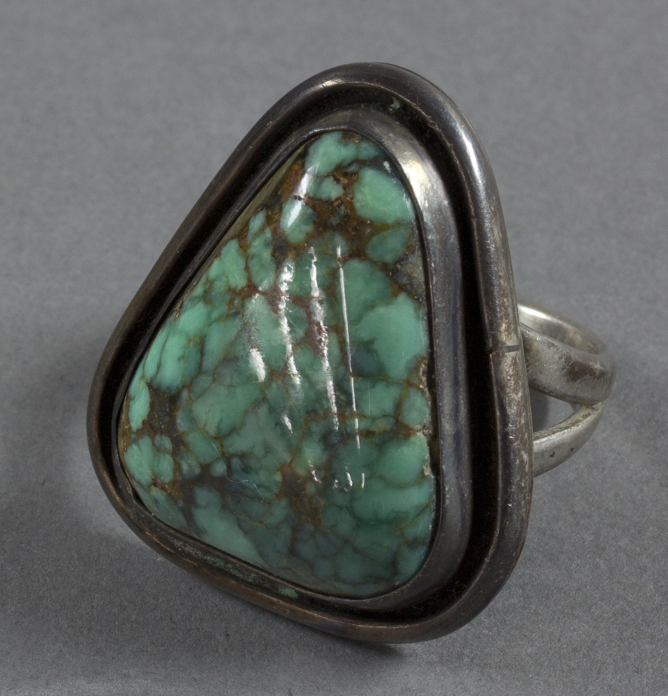 Navajo%20artist%2C%20%3Cb%3E%3Ci%3E%20Ring%3C%2Fi%3E%3C%2Fb%3E%2C%20ca.%201950%2C%20silver%20and%20turquoise%2C%20The%20Elizabeth%20Cole%20Butler%20Collection%2C%20no%20known%20copyright%20restrictions%2C%202012.92.175