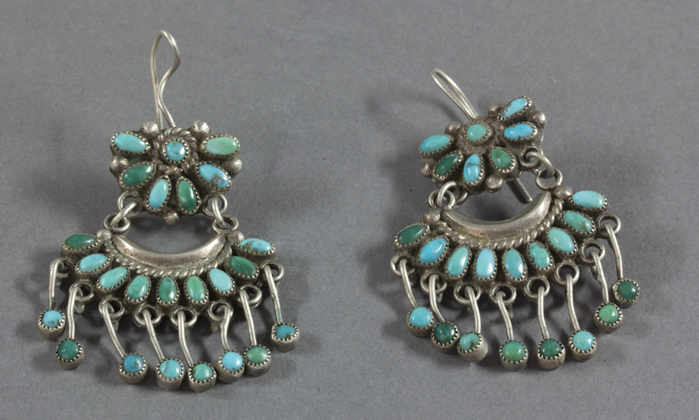 Zuni%20artist%2C%20%3Cb%3E%3Ci%3E%20Earrings%3C%2Fi%3E%3C%2Fb%3E%2C%20ca.%201930%2C%20silver%20and%20turquoise%2C%20The%20Elizabeth%20Cole%20Butler%20Collection%2C%20no%20known%20copyright%20restrictions%2C%202012.92.191a%2Cb