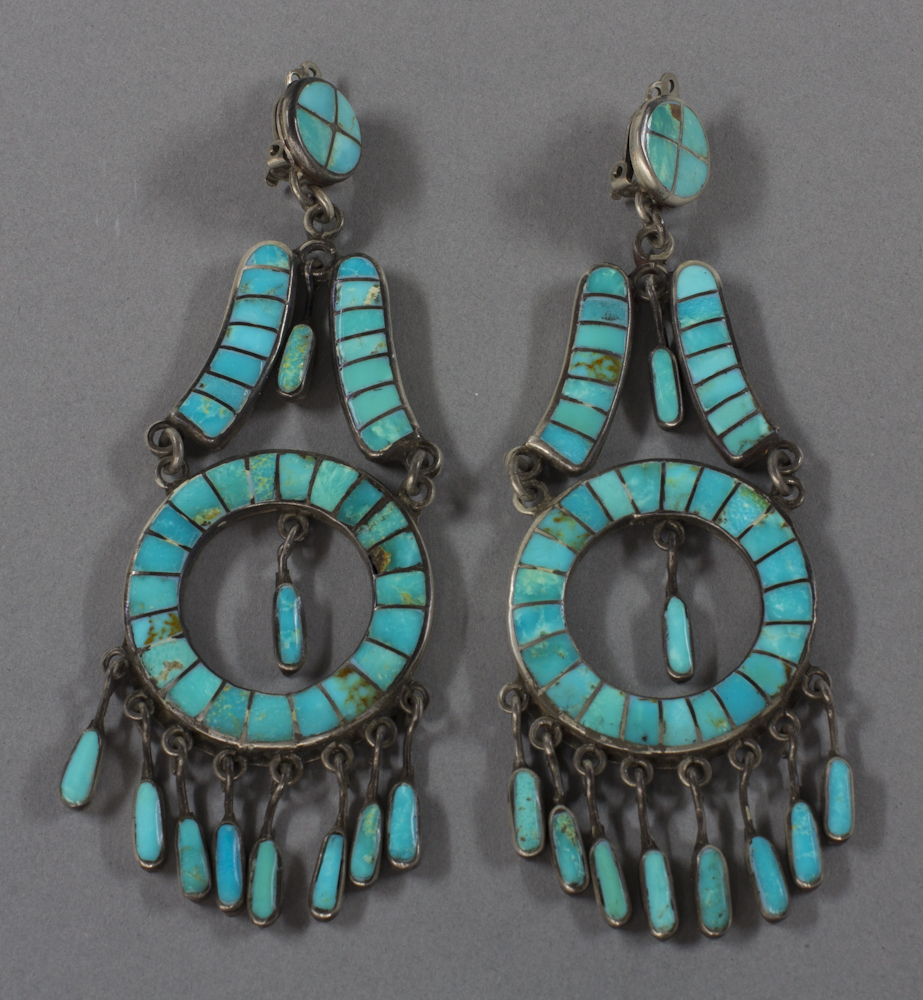 Zuni%20artist%2C%20%3Cb%3E%3Ci%3E%20Inlay%20Earrings%3C%2Fi%3E%3C%2Fb%3E%2C%20ca.%201940%2C%20silver%20and%20turquoise%2C%20The%20Elizabeth%20Cole%20Butler%20Collection%2C%20no%20known%20copyright%20restrictions%2C%202012.92.192a%2Cb